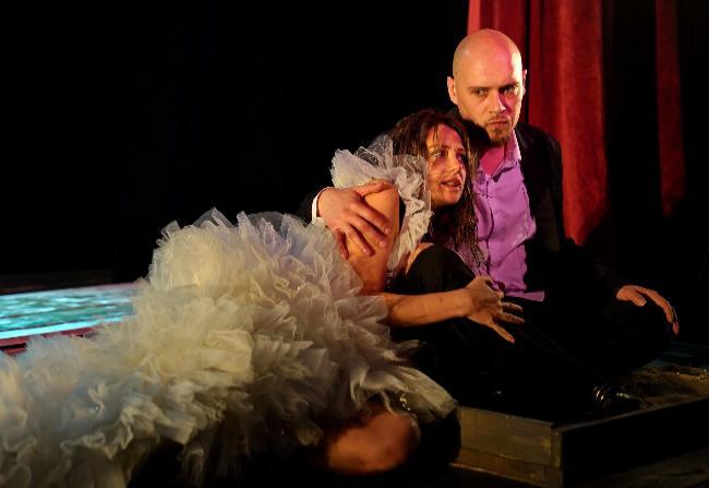 Премьера в Новошахтинском драматическом театре: еще раз о большой любви